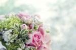 How to Arrange Bridal Bouquets