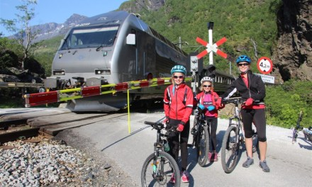 Flamsbana Train up, Mountain bike down…. a family approach to seeing Flam at its finest!