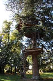 family-adventure- lifeinourvan - chateau engime - 1 (25)