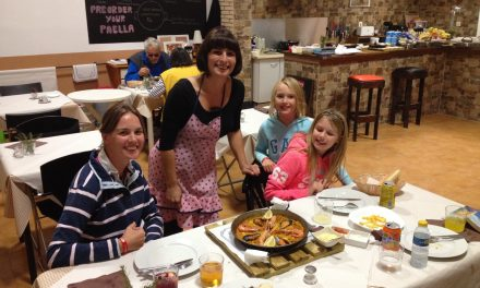 Authentic Paella at last….. and Tapas!!! Our Spanish Roadtrip has really started!