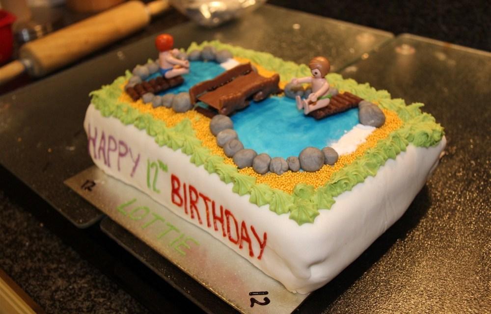 Aufenfeld | Celebrating  Lottie's Birthday with a Cake!