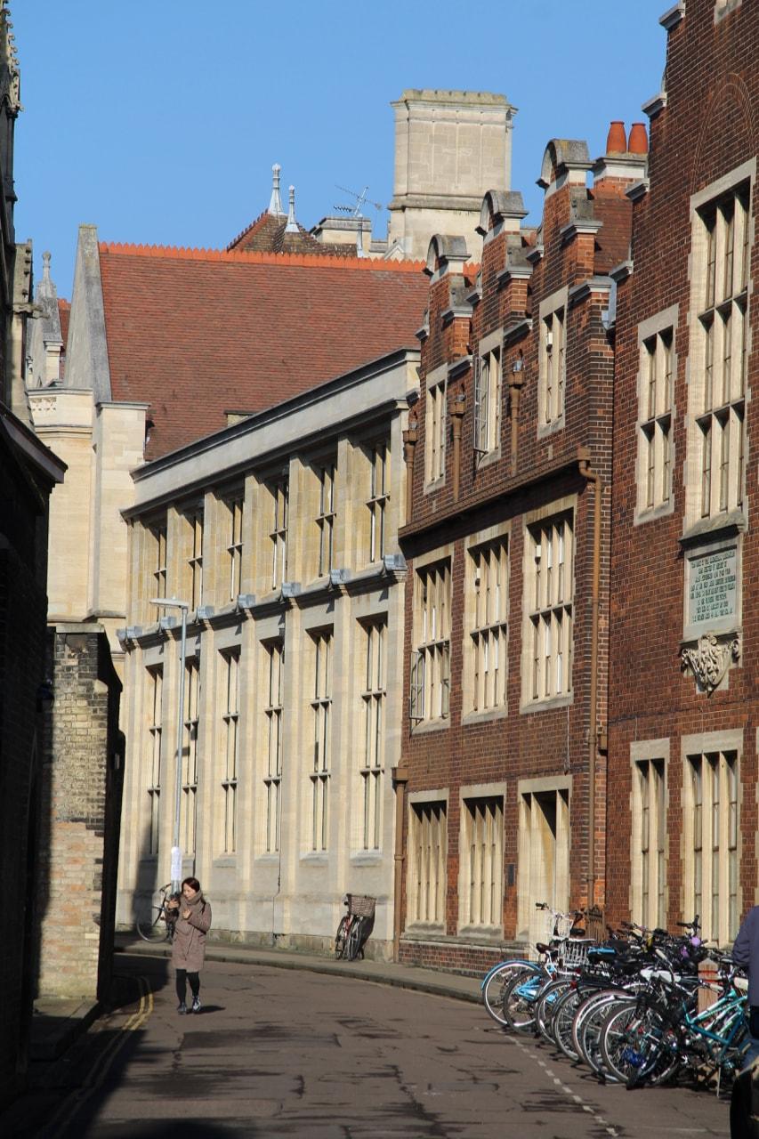 Cambridge - 1 (5)-min