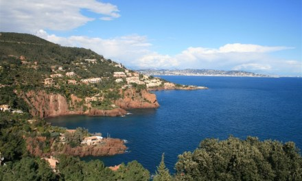Motorhoming in France | Try the Spectacular DN7 and D1098 routes to Cannes if you get the chance
