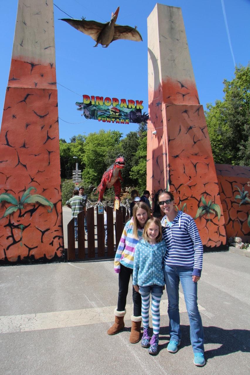 Dinosaur Park - 1 (3)-min