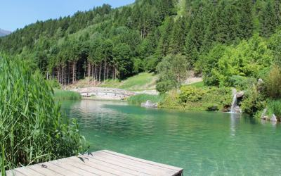 Fancy a dip in an outdoor lake in the Alps? Why not try Camping Aufenfeld?