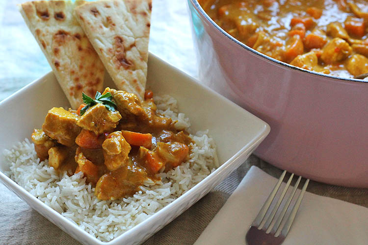 pub style chicken curry, indian food, coconut rice, naan bread
