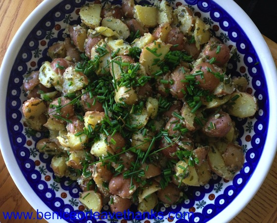 Vinaigrette-Potato-Salad-with-Chives-1024x826