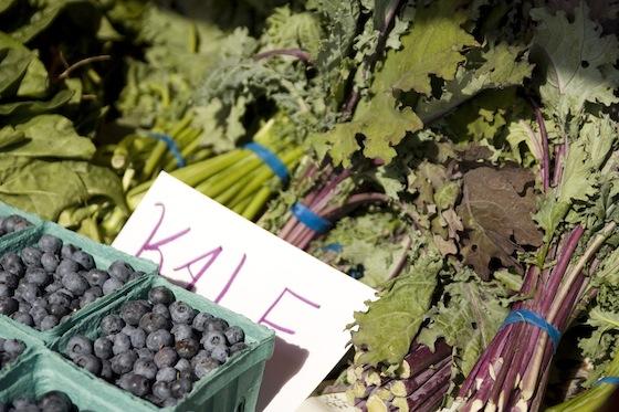 kale blueberries
