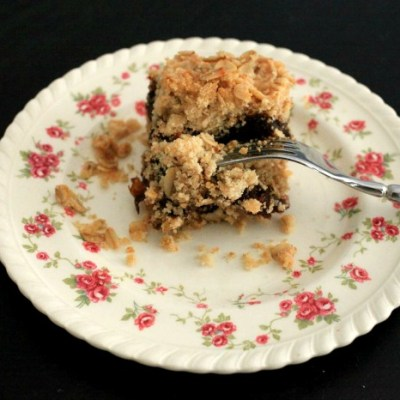 Nanny's Best Date Squares
