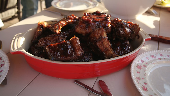 barbecue ribs with cherry glaze