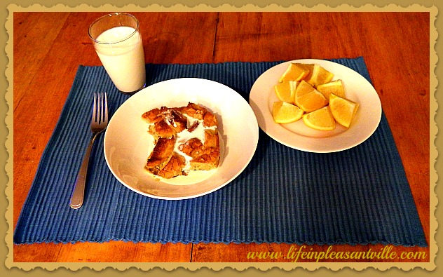 french toast casserole, baked french toast served