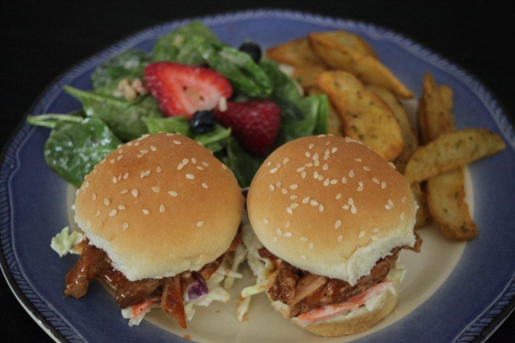 Cardinal Ready Pulled Pork Sandwiches