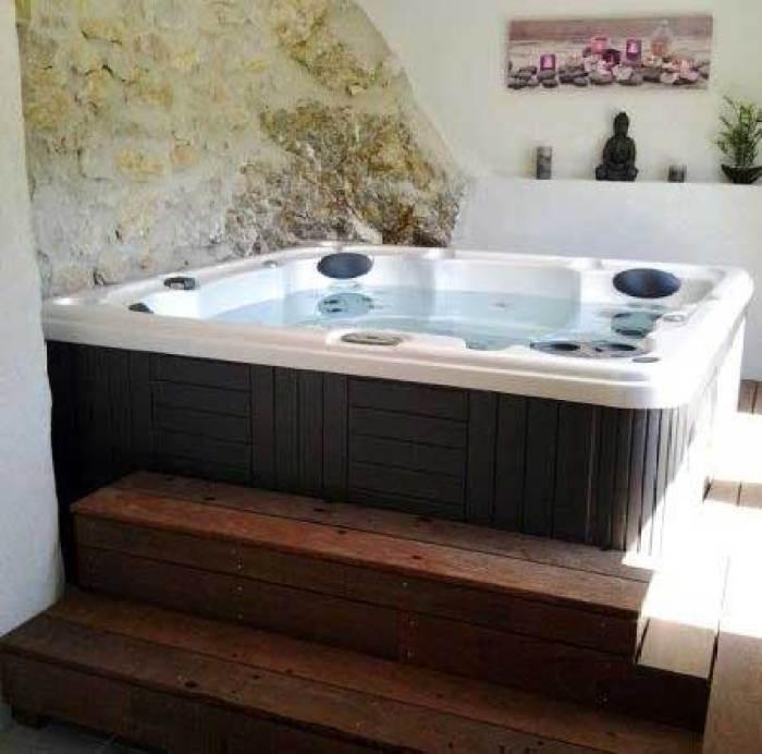serenity-6000-hot-tub
