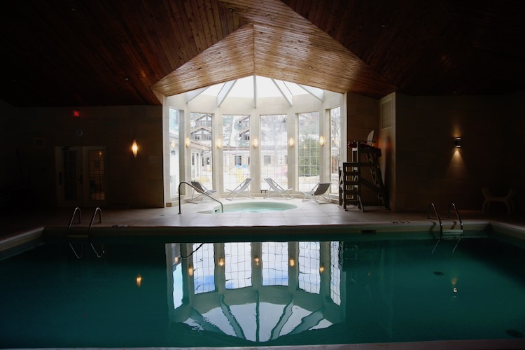 Manoir Saint Sauveur, indoor pool, hydrotherapy, hot tub
