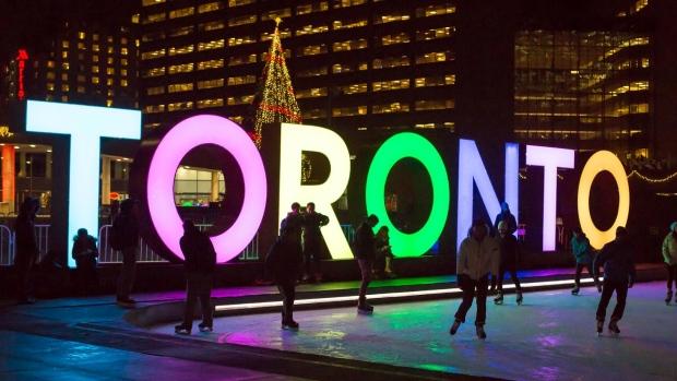 Christmas Weekend Getaway in Toronto