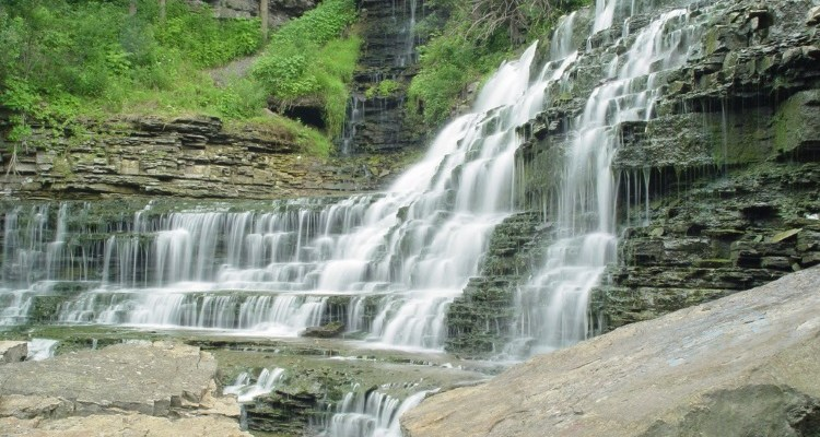 5 of the Nicest Waterfalls in Hamilton Worth Taking the Kids for a Walk Around