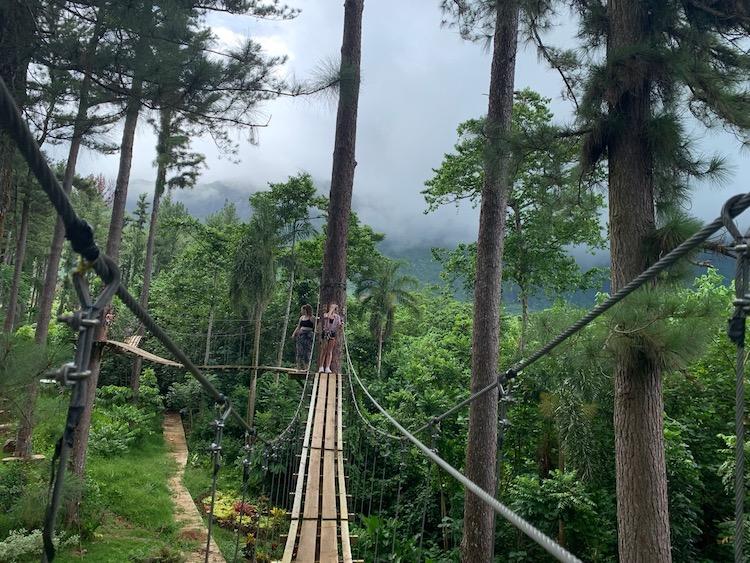 Tahiti Good for families, Moorea, Tiki Parc, Ziplining, bridges