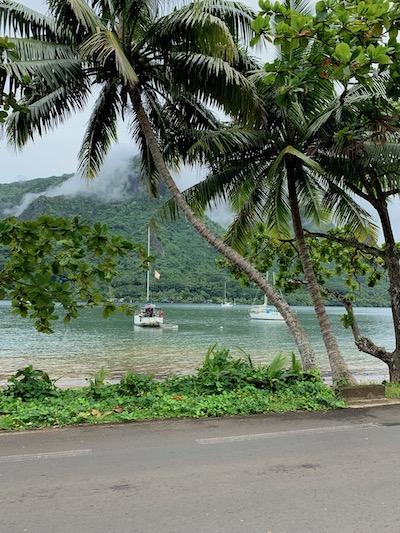 Tahiti good for families, Moorea, magical island
