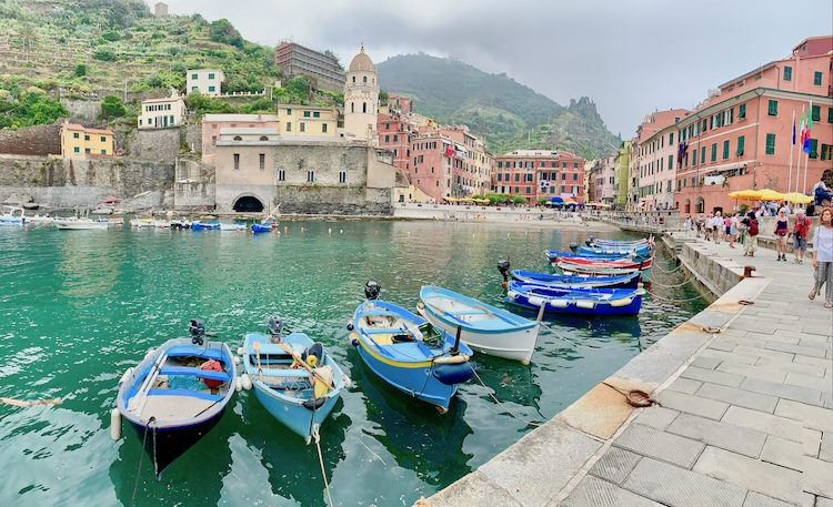 Vernazza, Cinque Terre, Italy, tours in Northern italy, LivItaly, harbour in Vernazza