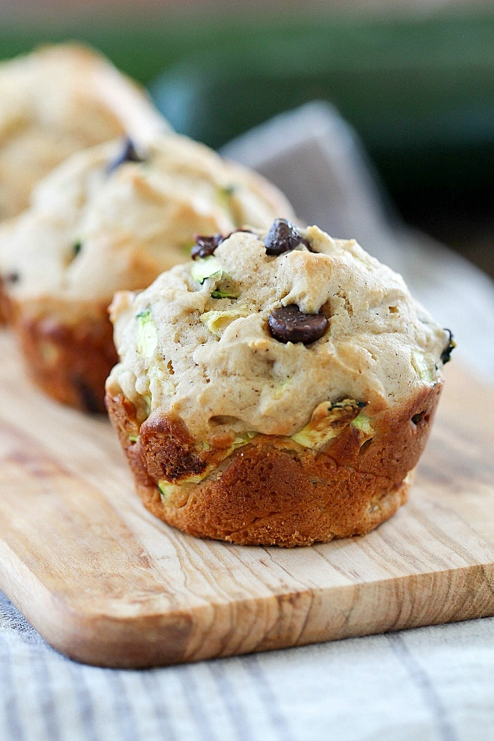 healthy-chocolate-chip-zucchini-muffins