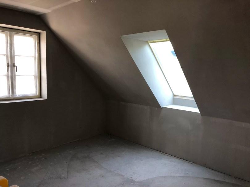 Velux vinduer sættes i nyt hus