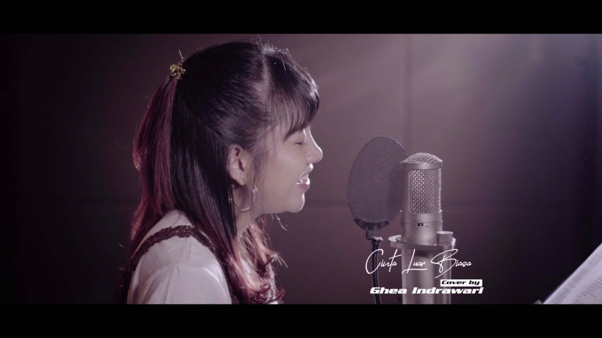 free download mp3 cinta luar biasa cover chintya
