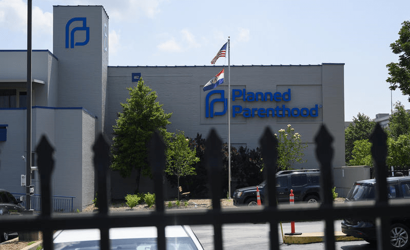 Planned Parenthood That Injured at Least 75 Women in Botched Abortions Gets to Stay Open