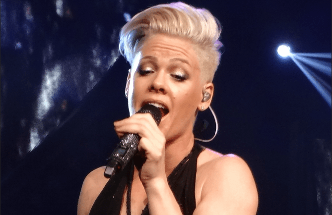 "Singer Pink Wins Award for Supporting Killing Babies Abortion, But Claims ""I Care About Kids"""
