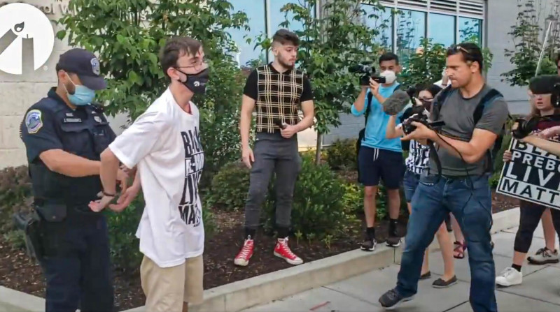 D.C. Mayor Sued for Arrested Pro-Life Students Chalking on Public Sidewalks