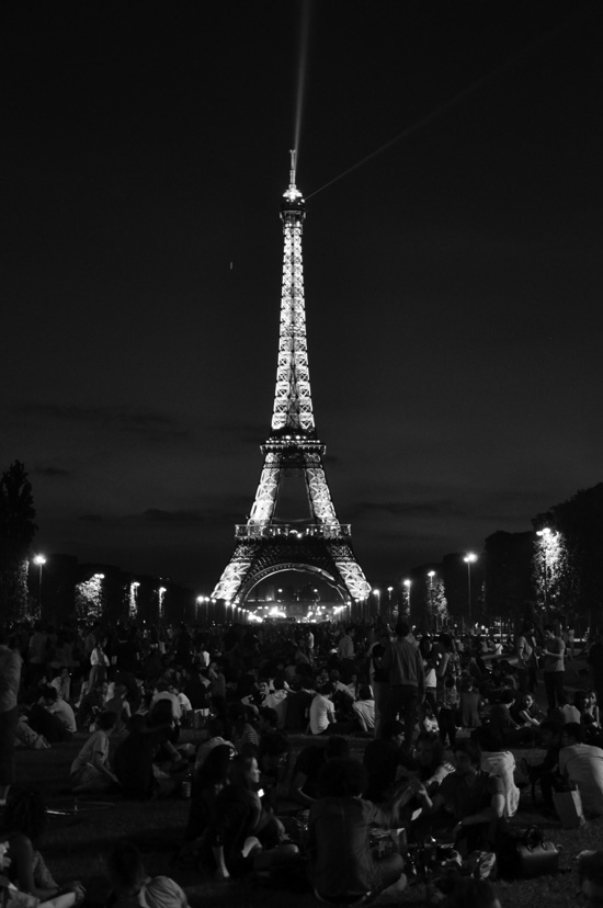 Eiffel Tower in Paris copyright Bob Borson 2010