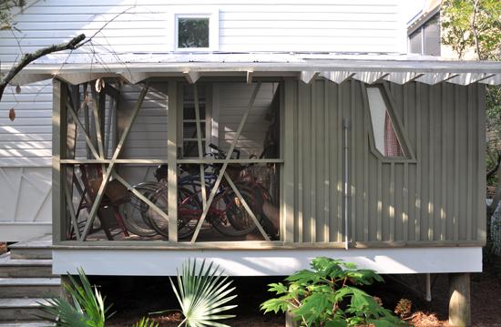 Mockbee Cocker Seaside Rear Screen Porch Detail