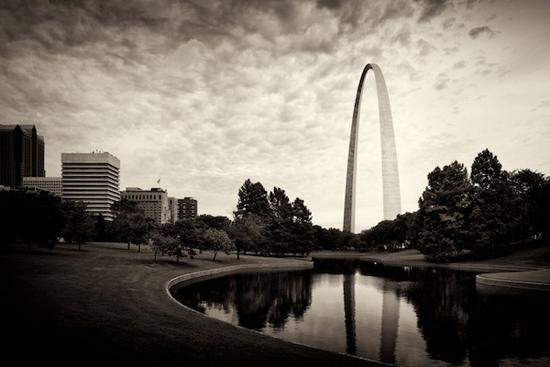 St. Louis Arch tone study