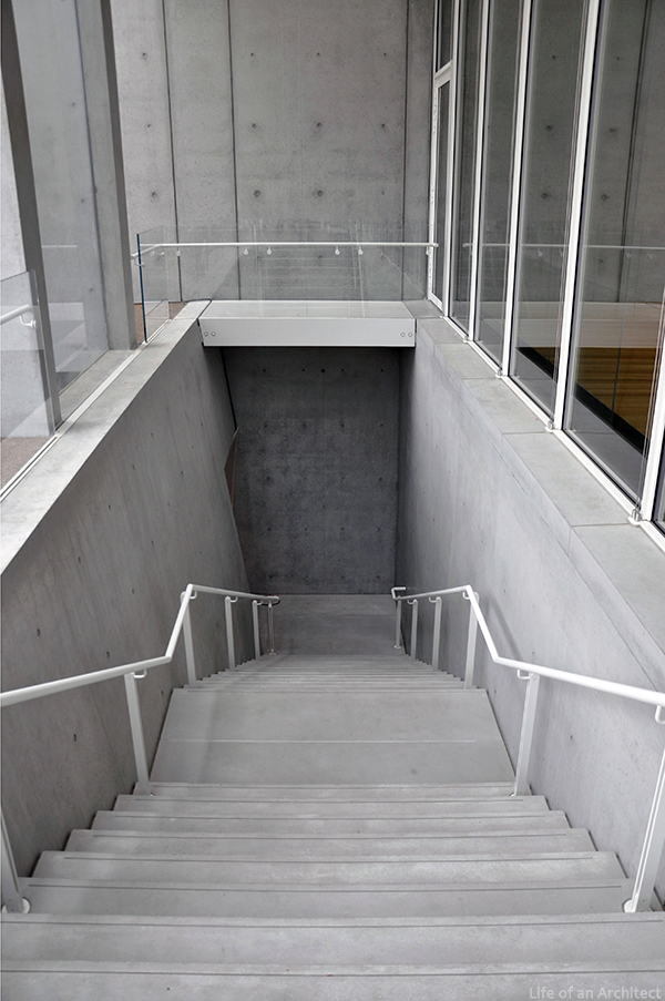 Renzo Piano Kimbell Museum concrete stairs at entry