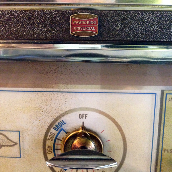 Waste King Universal made my really old oven