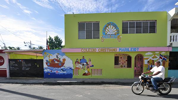Colegio Cristiano Marileidy front elevation