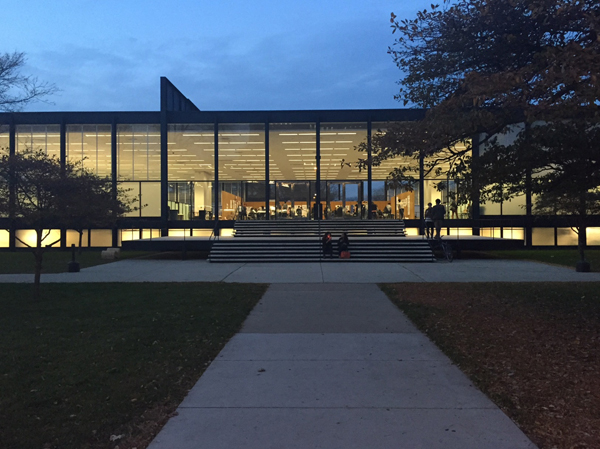 Illinois Institute of Technology: SR Crown Hall just after sunset, during midterm reviews