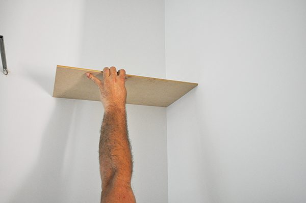 measuring the angle of the wall for scribing