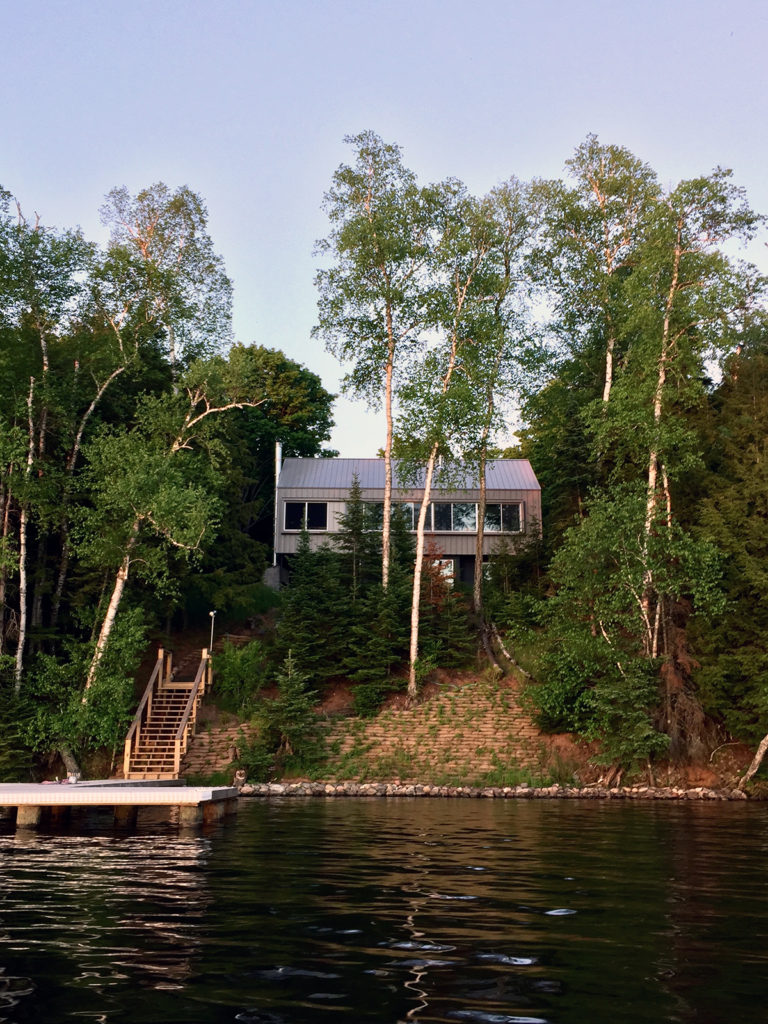 Modern Cabin Lake view