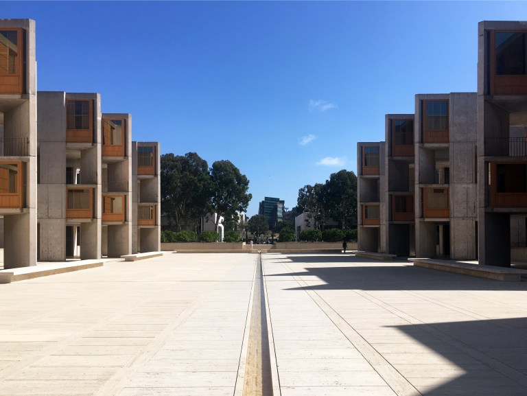 Salk Institute - looking the other way