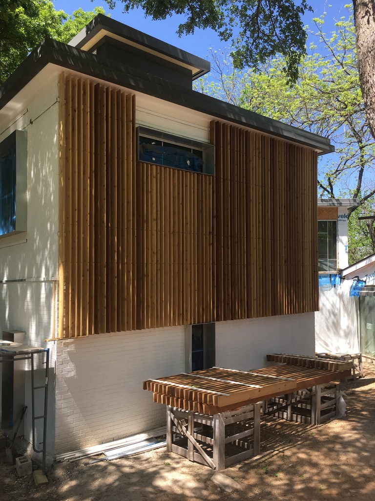 Modern Wood Screen Wall - Malone Maxwell Borson Architects