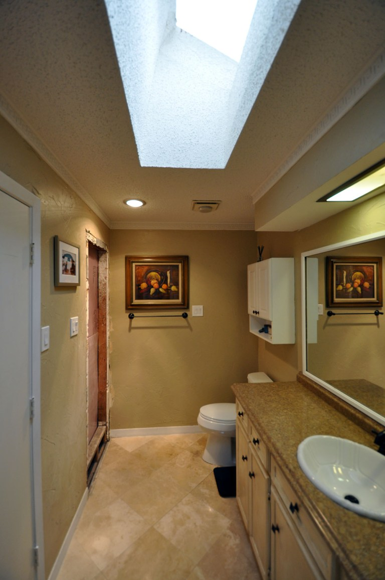 Master Bathroom - Bob