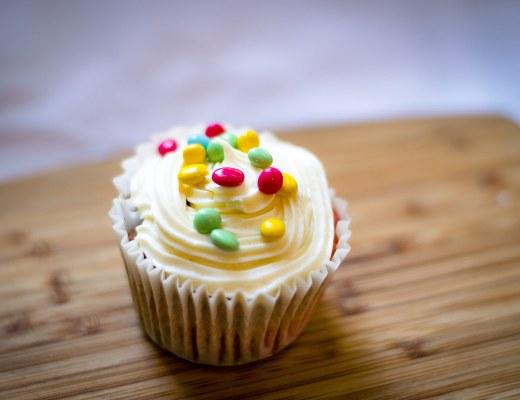 rainbow cupckes
