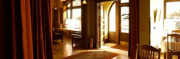 sunflowers, kansas, midland, hotels, historic, airbnb, travel