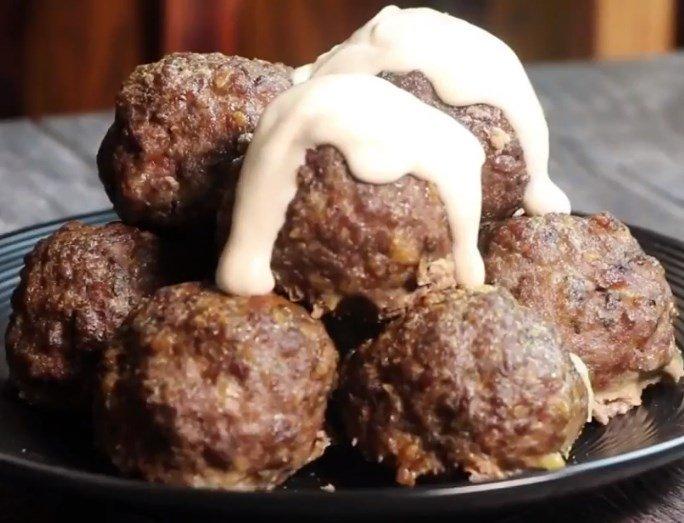 Keto diet dinner - Italian Sausage & Pepperjack Meatballs