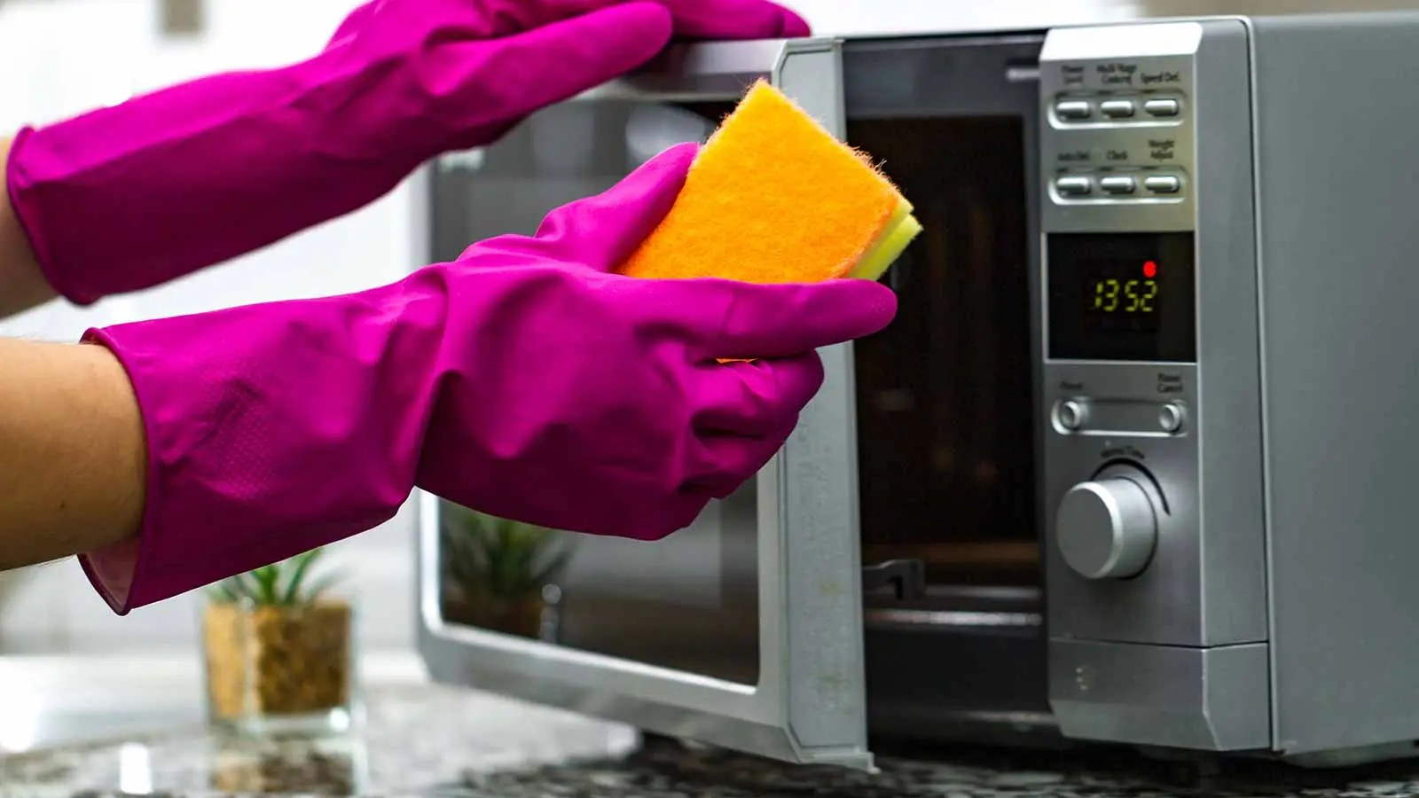 how to clean your microwave lifesavvy