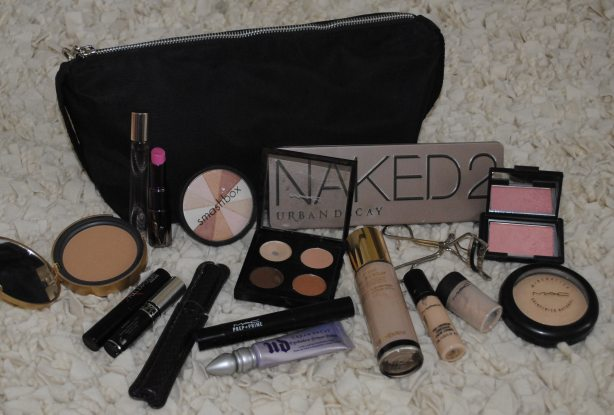 Make up bag Must Haves