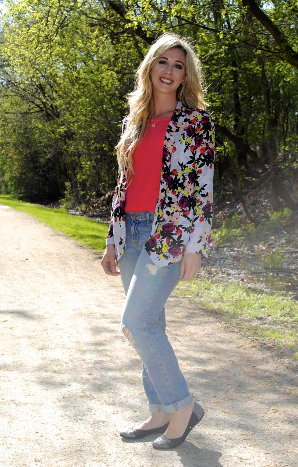 floral blazer day time look