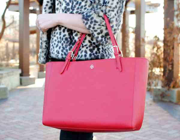 tory burch york red tote