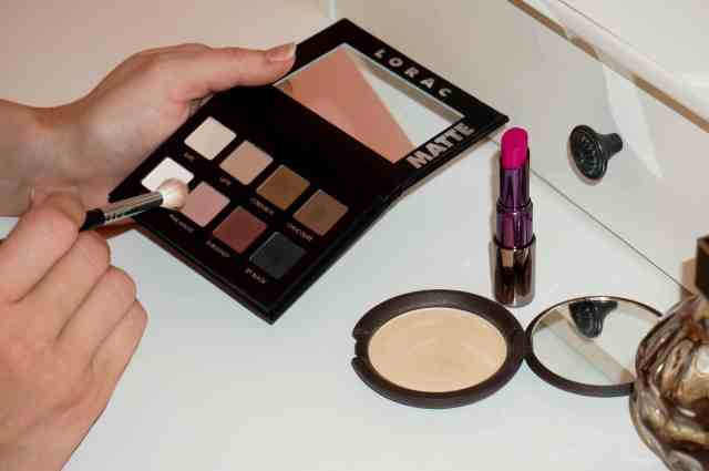 lorac pro palette eyeshadow, urban decay lipstick, becca moonstone