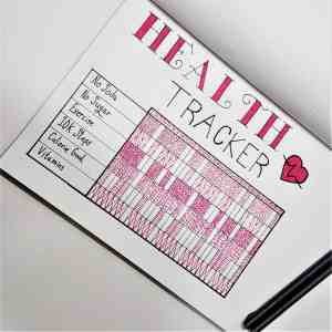 Healthy Living Tracker | Bullet Journal layouts to track healthy living and weight loss.